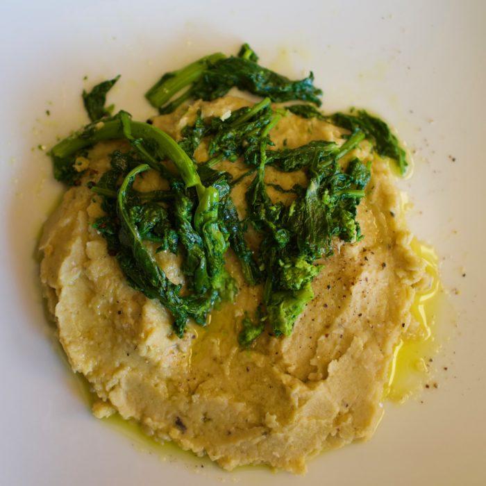 Crema di Ceci e Rapini, chickpea puree with broccoli rabe, by foodjoya