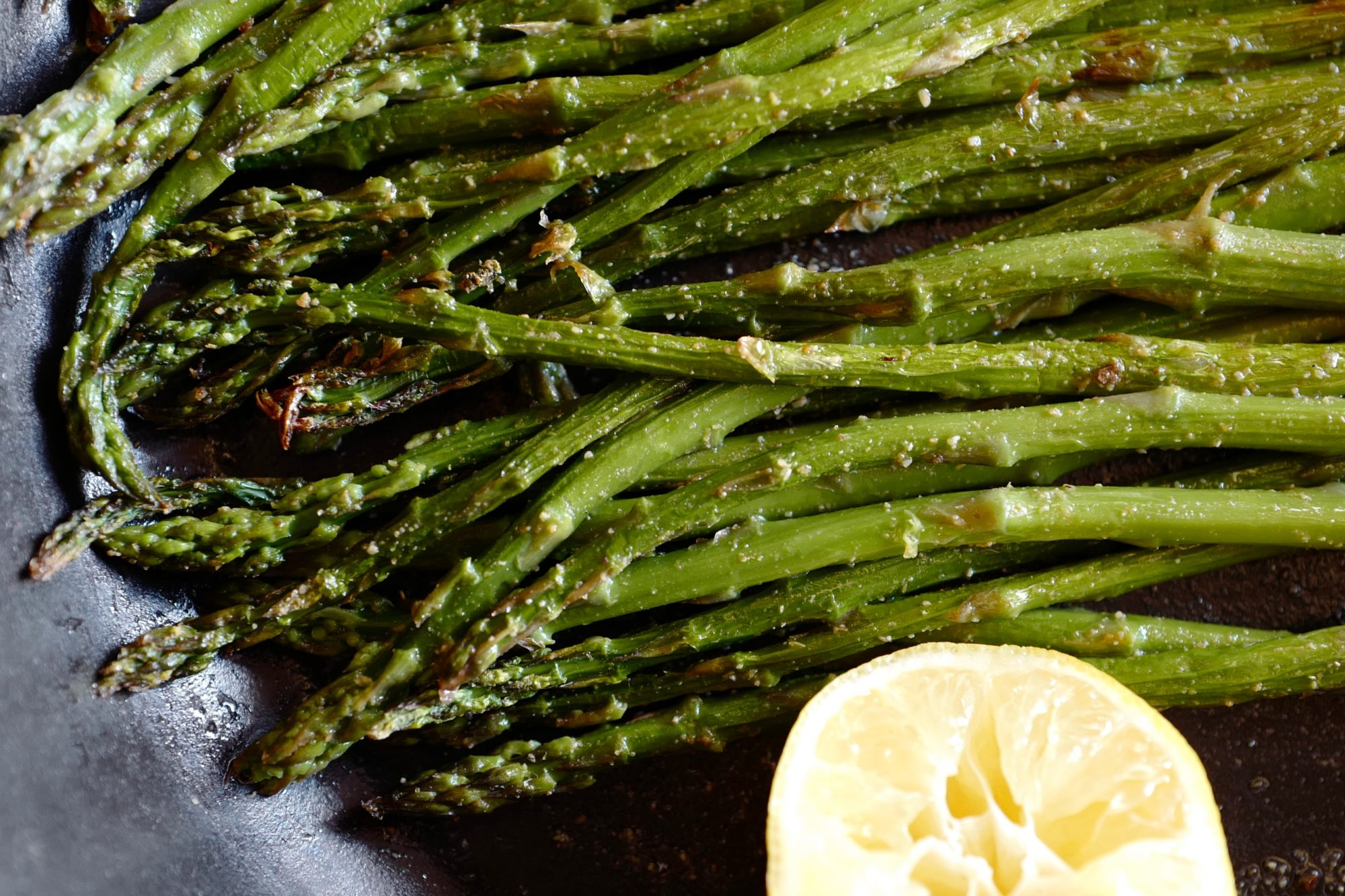 Asparagus with Indian spices and broiled to perfection by foodjoya